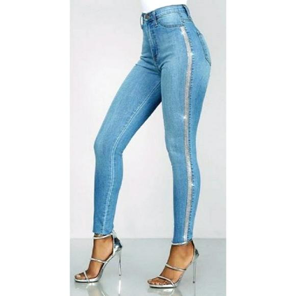 ultrachicfashion.com Denim - Sparkling Crystal Jeans